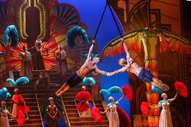 Broadway Barns Broadway Shocker Cirque Du Soleil U0027s U0027paramour U0027 To Close At Lyric