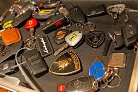koenigsegg keychain expensive car keys u2013 ed bolian
