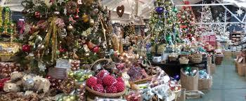 the tree barn at christmas common