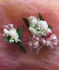corsage and boutonniere for homecoming homecoming prom corsages and boutonniere ra florist