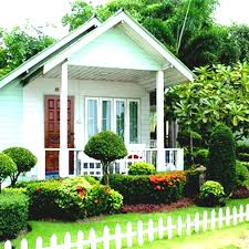 Landscaping Ideas For Small Yards by Garden Exquisite Small Garden Landscaping Ideas Green Front Yard