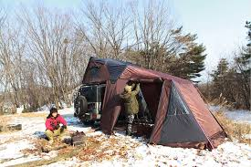 Sugarhouse Tent And Awning Skycamp Hard Shell Roof Top Tent Expands To Sleep The Family