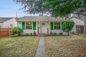 homes on the market for 300 000 this quaint 2 bedroom 1 bathroom home features a warm welcoming living room leading to a spacious kitchen and breakfast nook hardwood floors are present