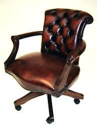 fauteuil de bureau cuir fauteuil de bureau cuir et bois chaise de bureau classique se