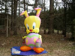Easter Inflatable Lawn Decorations by Image New Gemmy Prototype 8 U0027tall Lighted Easter Tweety Bird Egg
