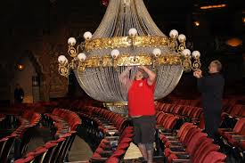 New Chandelier What S Different About The Fox S New Phantom St Louis