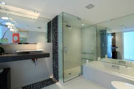 Glass Shower Doors With Tub by Bathroom Extravagant White Bathtub And Single Swing Glass Shower