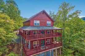 6 bedroom cabins in pigeon forge 6 9 bedroom cabins in gatlinburg pigeon forge american patriot