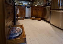r cuisine rustique r nover une cuisine comment repeindre une cuisine en peinture pour