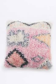 Tapestry Urban Outfitters Carole King by The 25 Best Urban Chic Bedrooms Ideas On Pinterest Bohemian