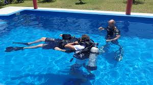 padi rescue diver course local dive thailand
