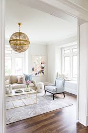 Gray And Gold Living Room by Best 25 Chic Living Room Ideas On Pinterest Elegant Chandeliers