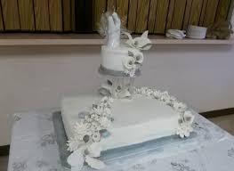 wedding cake gum wedding sheet cake with topper in buttercream gum