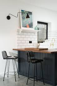 Small Kitchen With Breakfast Bar - the 25 best small breakfast bar ideas on pinterest small
