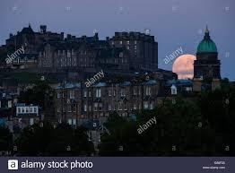 edinburgh scotland uk 20th june 2016 strawberry moon the