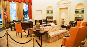 Trump In The Oval Office Trump On Fbi Clinton Probe Don U0027t Let Her In The Oval Office Kabc Am