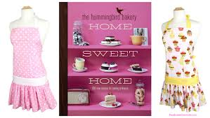 women u0027s housewarming gifts aprons u0026 cookbooks