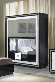 armoire miroir chambre armoire design 4 portes avec miroir laquée blanche et