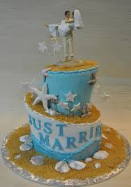 theme wedding cake themed wedding cake designs topsy turvy wedding cake