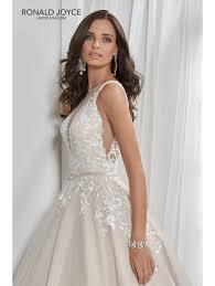 wedding dress trim ronald joyce 18210 lace trim beautiful aline wedding dress