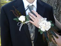 where can i buy a corsage and boutonniere for prom designer flair boutique prom corsage boutonniere set with