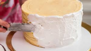 frosting a cake here u0027s how to avoid getting crumbs stuck in the