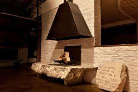 camini per interni camini ad angolo in pietra idea creativa della casa e dell