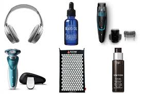 men s christmas gift guide mens christmas gift guide a model recommends