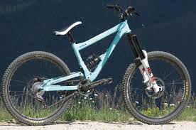 commencal dh supreme 2009 commencal supreme racing 1 sick lines mountain bike