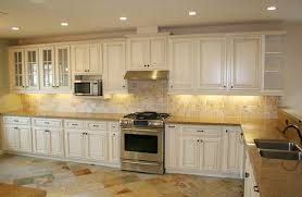 Kitchen Colors With Off White Cabinets Eiforces Intended For - Kitchen backsplash ideas with cream cabinets