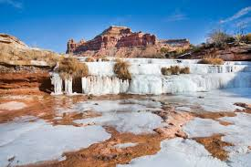 Utah waterfalls images 10 gorgeous frozen waterfalls in utah jpg