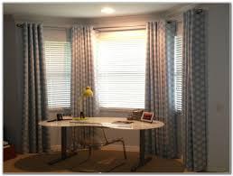 Bedroom Window Curtains Ideas Bay Window Curtain Ideas You Can Add Bedroom Window Curtains You