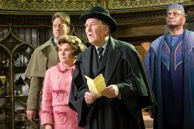 robert hardy dead aged 91 tributes harry potter star