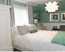 Grey And Green Bedroom Design Ideas Very Pretty Modern Feminine Bedroom Love The Wall Color And