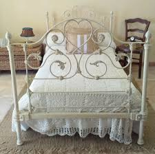 Shabby Chic Metal Bed Frame by Antigua Cama De Forja Estilo Shabby Shabby Old Iron Bed