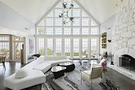is white paint the new black for luxury real estate in 2016