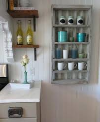 fabriquer meuble cuisine construire une armoire de rangement palette palettes cuisine pas