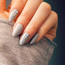 grey crystal nails nail art tutorial a very easy nail tutorial