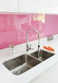küche pink fliesenspiegel glas rasa pink spritzschutz küche küche