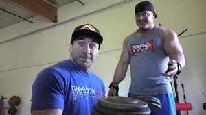 Bench Press Lock Elbows Build A Bigger Bench Press Using Elbow Flare Correctly Ft Mark