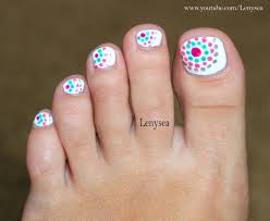 Toe And Nail Designs Toe Nail Design For Beginners Dots In Circles