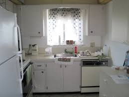 ugly kitchen cabinets best 25 beadboard backsplash ideas on
