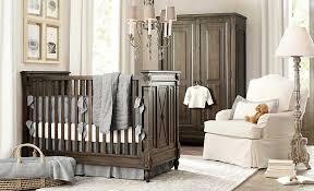 babyzimmer landhausstil babyzimmer landhausstil mit dunkelbraun massivholz babymöbel