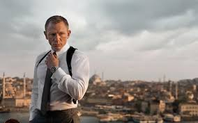 daniel craig signs up for bond 25 as christopher nolan admits to