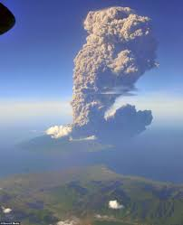 pictures of mount sangean api u0027s 12 mile high ash cloud over