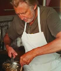 livre cuisine chef etoile la cuisine des 5 saisons de gagnaire une poule sur un mur