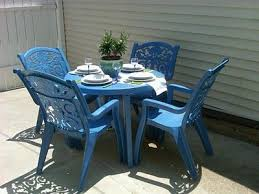 How To Spray Paint Patio Furniture Stunning Plastic Patio Tables And Chairs With Spray Paint Old Ugly