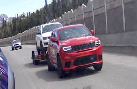 jeep hawk track 2018 jeep grand cherokee trackhawk prototype caught towing in the