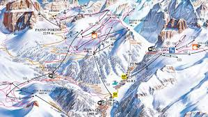 Piste Maps For Italian Ski by Ski Map Val Di Fassa Carezza Italy