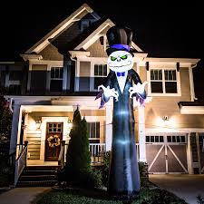halloween inflateables shop holiday living 16 ft x 6 ft lighted reaper halloween